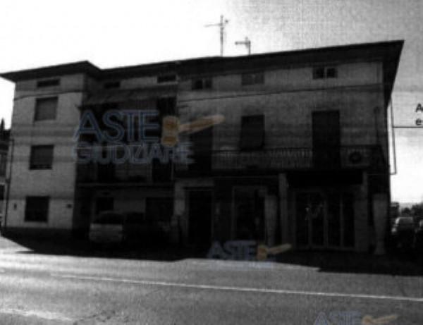 Appartamento in vendita a Quarrata, 114 mq