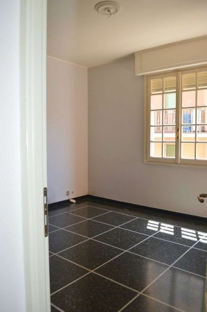Appartamento in affitto a Recco, Centrale, 65 mq