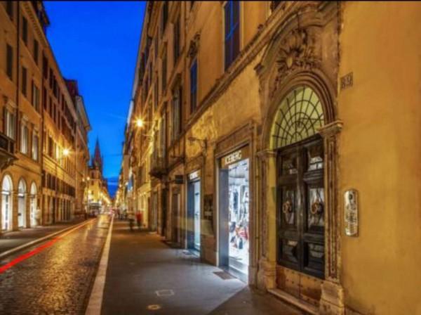 Locale Commerciale  in vendita a Roma, Piazza Di Spagna, Arredato, 90 mq - Foto 3