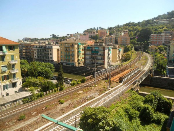 Appartamento in vendita a Rapallo, Centro Città, 75 mq