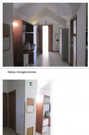 Appartamento in vendita a Velletri, 47 mq