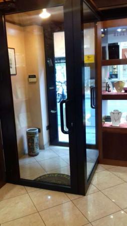 Negozio in vendita a Torino, 38 mq