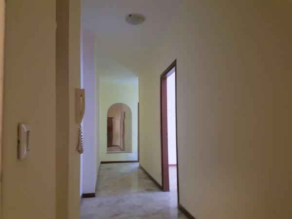 Appartamento in affitto a Milano, Piazza Bonomelli, Con giardino, 70 mq