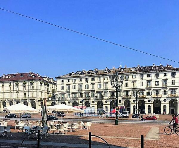 Negozio in affitto a Torino, 30 mq