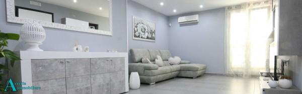 Appartamento in vendita a Taranto, Residenziale, 109 mq