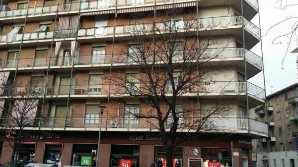 Appartamento in vendita a Torino, Corso Cosenza, 130 mq