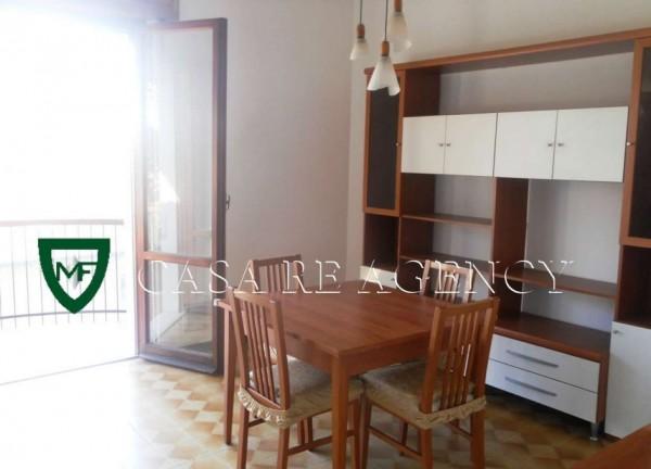 Appartamento in vendita a Induno Olona, Arredato, con giardino, 55 mq