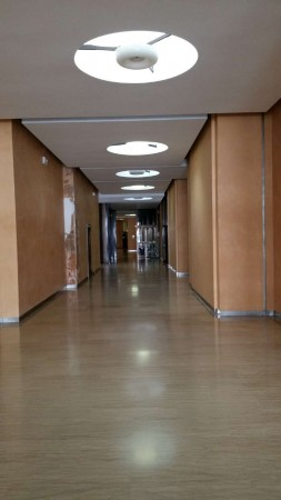 Ufficio in affitto a Padova, 140 mq