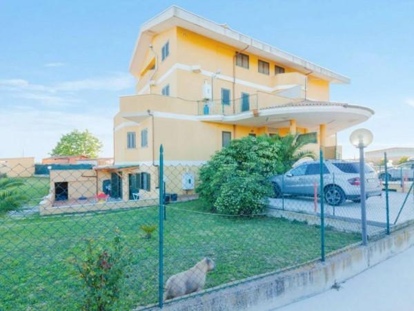 Appartamento in vendita a Aprilia, Campo Verde, Con giardino, 110 mq