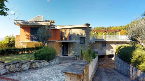 Villa in vendita a Firenze, Con giardino, 380 mq