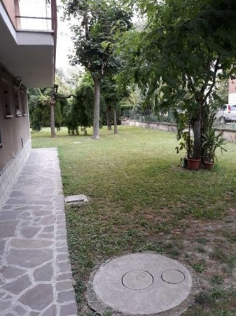 Appartamento in vendita a Modena, Madonnina, Con giardino, 115 mq