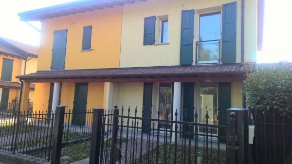 Villa in affitto a Cornaredo, Residenziale, Con giardino, 180 mq