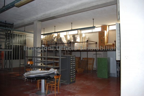 Negozio in vendita a Trevi, Matigge, Con giardino, 270 mq - Foto 8