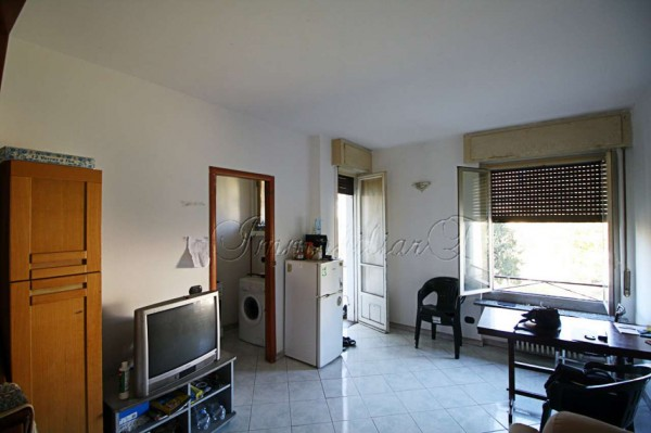 Appartamento in vendita a Milano, Corvetto, 75 mq