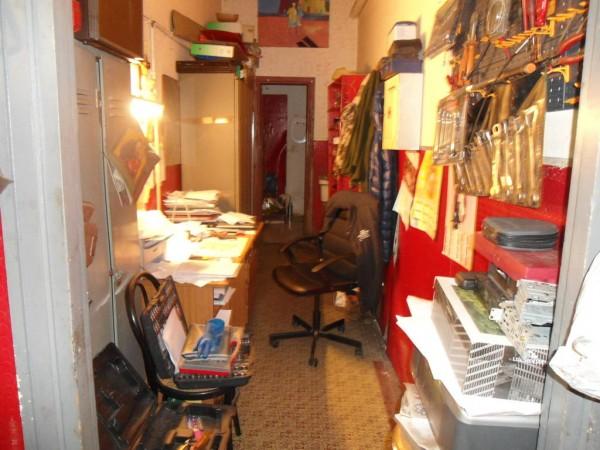 Locale commerciale in affitto a roma magliana 75 mq bc for Affitto roma locale