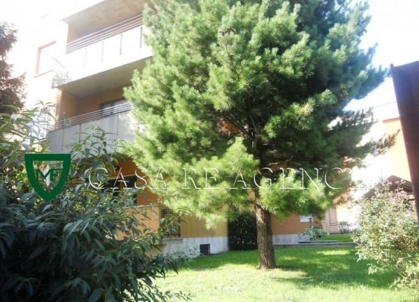 Appartamento in vendita a Varese, Biumo, Con giardino, 55 mq