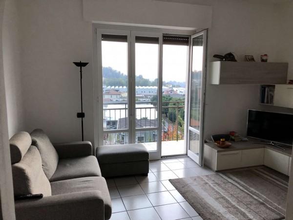Appartamento in vendita a Gavirate, Con giardino, 65 mq