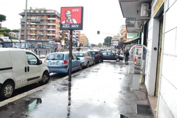 Locale Commerciale  in vendita a Roma, Boccea, Arredato, 60 mq - Foto 3