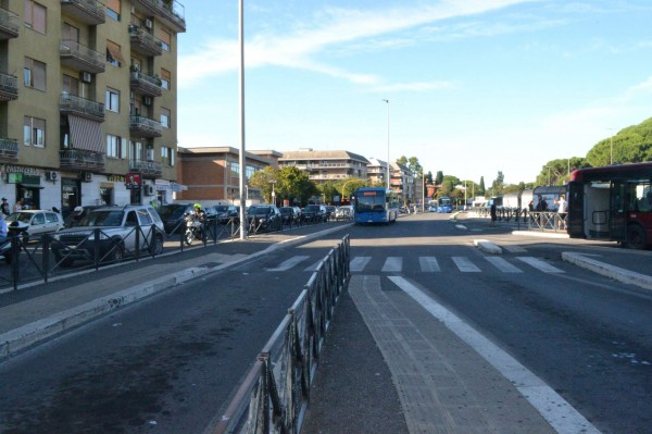 Locale Commerciale  in vendita a Roma, Boccea, Arredato, 60 mq - Foto 4