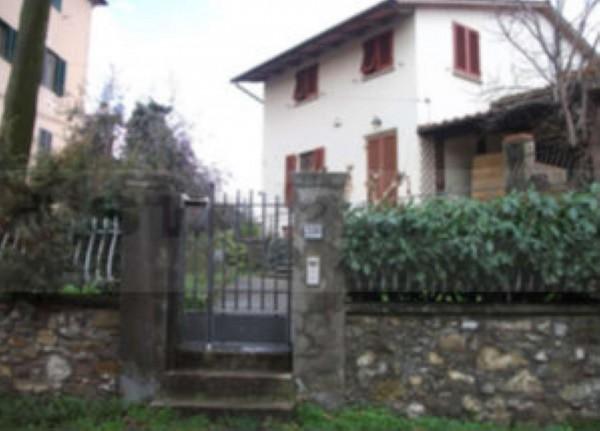 Casa indipendente in vendita a Carmignano, Con giardino, 382 mq