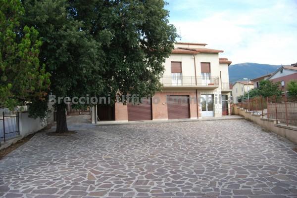 Casa indipendente in vendita a Trevi, Matigge, Con giardino, 370 mq
