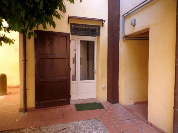 Appartamento in affitto a Forlì, Centro Storico, 65 mq