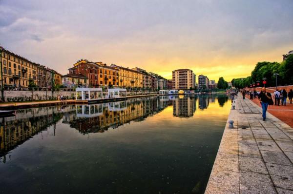 Locale Commerciale  in vendita a Milano, Porta Genova, Arredato, 60 mq