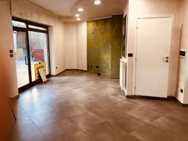 Locale Commerciale  in affitto a Alpignano, Centro, 65 mq