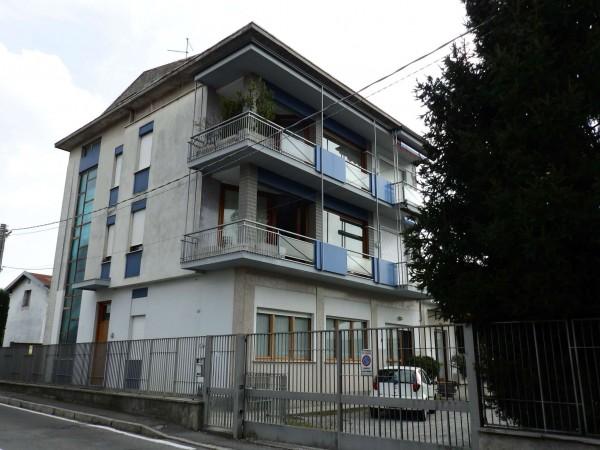 Appartamento in vendita a Mariano Comense, Semicentrale, 150 mq
