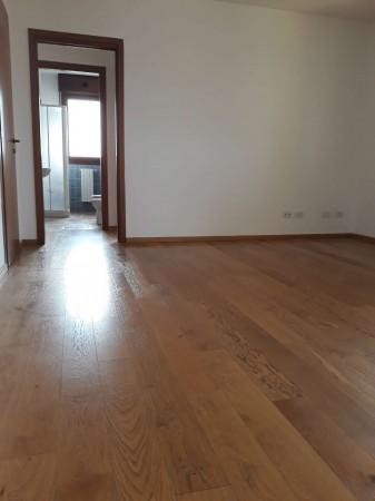 Appartamento in vendita a Modena, Portile, Con giardino, 110 mq