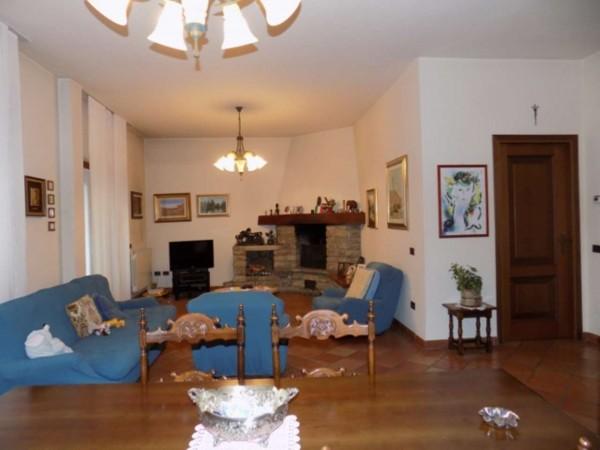 Villa in vendita a Senago, Con giardino, 356 mq