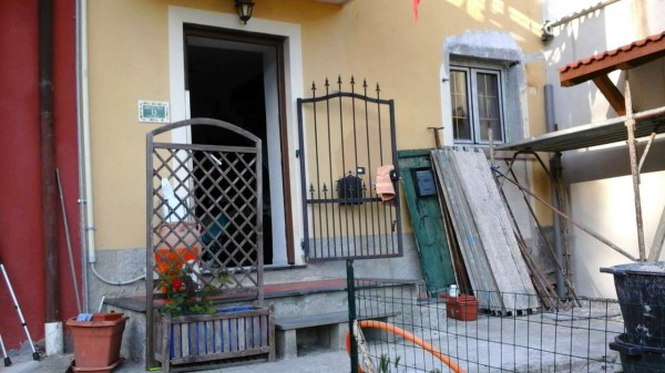 Appartamento in vendita a Avegno, Arredato, con giardino, 75 mq