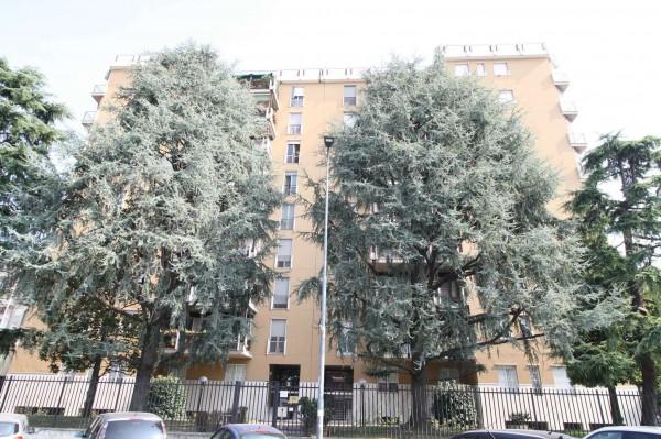 Appartamento in affitto a Milano, Giambellino, Con giardino, 45 mq