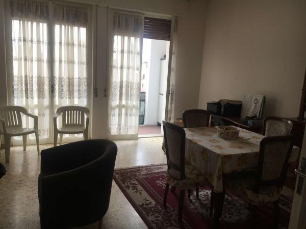 Appartamento in vendita a Pandino, Centro, Con giardino, 102 mq