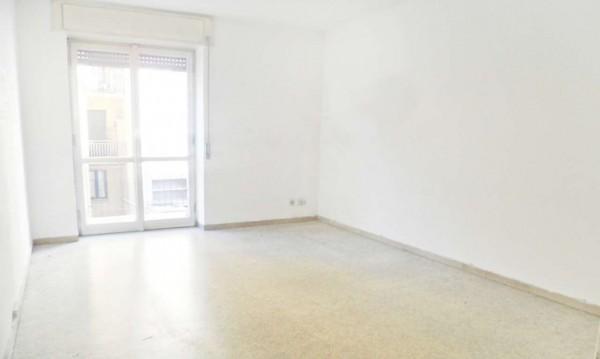 Appartamento in vendita a Milano, Corvetto, 60 mq