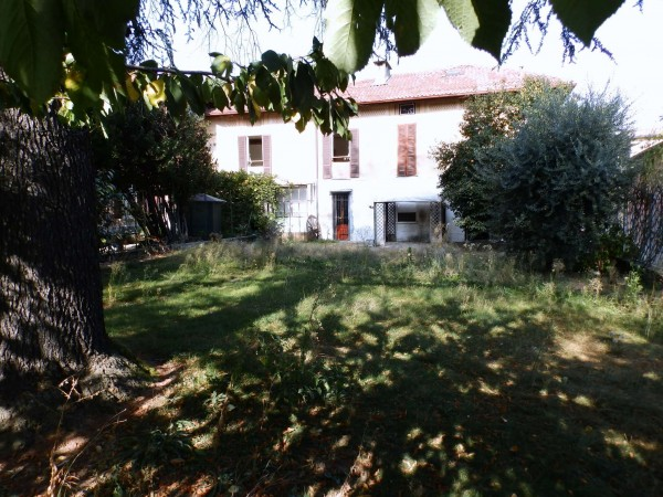Casa indipendente in vendita a Inverigo, Con giardino, 316 mq