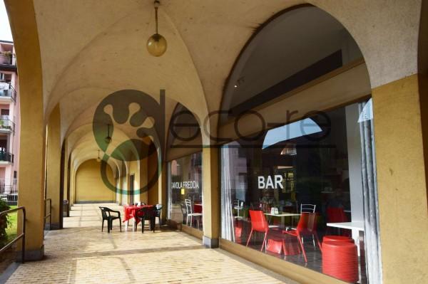 Locale Commerciale  in vendita a Nerviano, Cento, Arredato, 60 mq