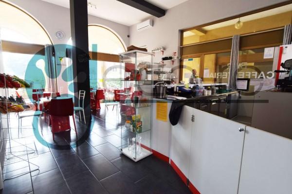 Locale Commerciale  in vendita a Nerviano, Cento, Arredato, 60 mq - Foto 2