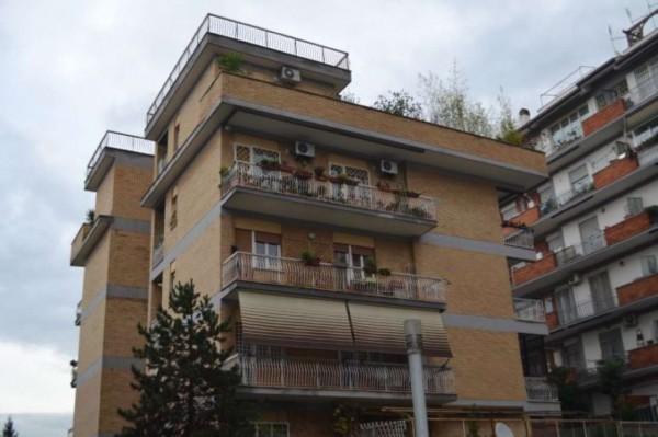 Appartamento in vendita a Roma, Ottavia, 110 mq