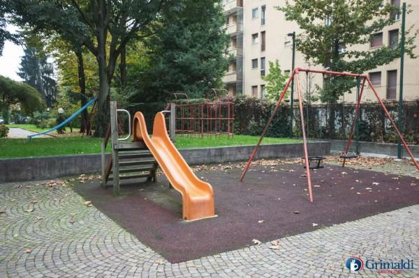 Appartamento in vendita a Milano, Con giardino, 145 mq - Foto 37