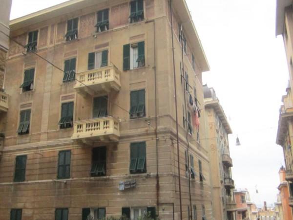 Appartamento in vendita a Genova, Sampierdarena, 60 mq