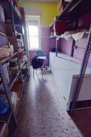 Locale Commerciale  in vendita a Caronno Pertusella, Cento, 110 mq - Foto 8