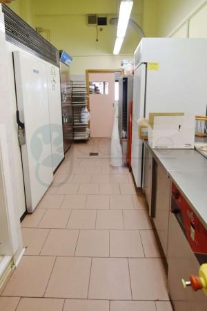 Locale Commerciale  in vendita a Caronno Pertusella, Cento, 110 mq - Foto 12