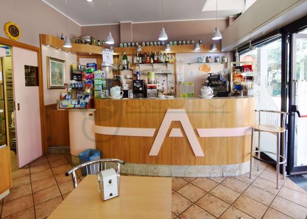 Locale Commerciale  in vendita a Caronno Pertusella, Cento, 110 mq - Foto 16