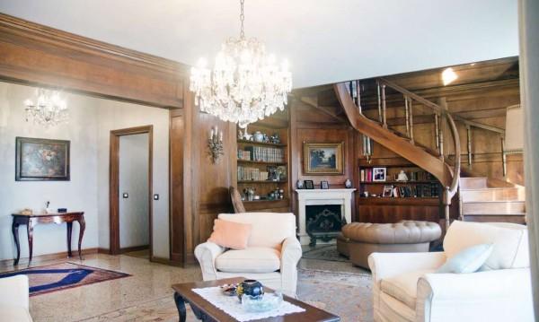 Appartamento in vendita a Milano, San Siro, Con giardino, 340 mq
