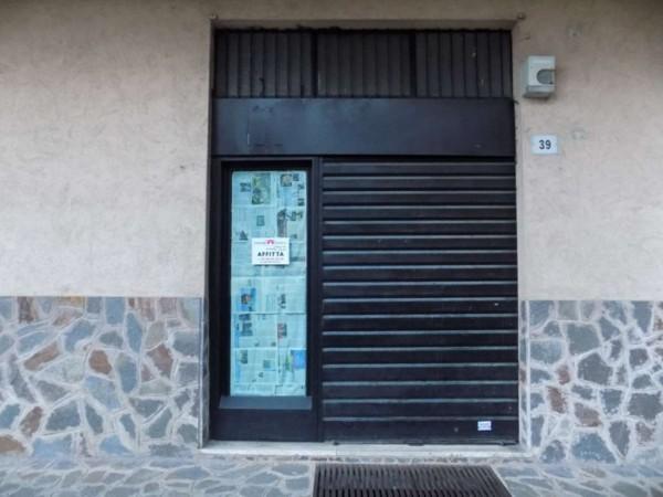 Negozio in vendita a Senago, 60 mq