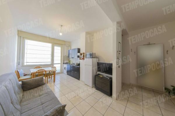 Appartamento in vendita a Milano, Affori Centro, 50 mq