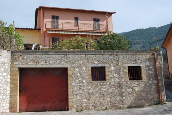 Casa indipendente in vendita a Trevi, Pigge, Con giardino, 170 mq
