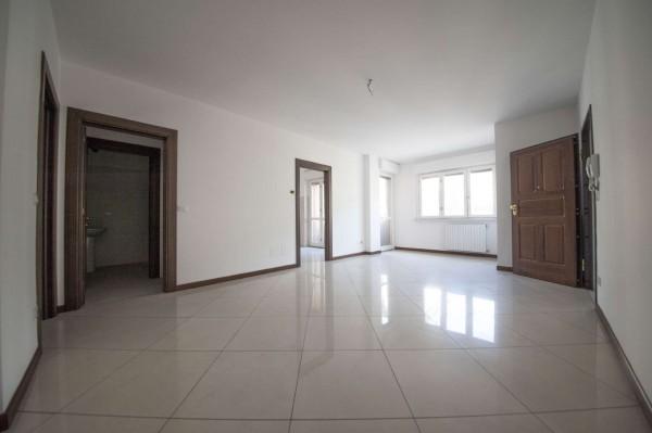 Appartamento in vendita a Torino, Corso Sommelier, 112 mq