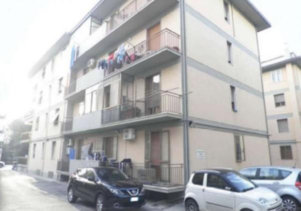 Appartamento in vendita a Prato, 112 mq